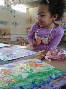 hadia finger paints